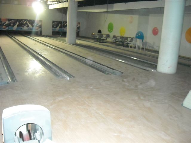 Used 10 lane Brunswick bowling alley