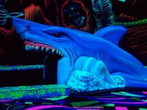 Glow-Golf_Shark3