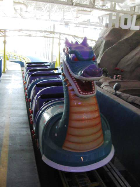 Dragon_Roller_Coster